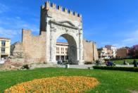 Rimini - poznávanie a kúpanie
